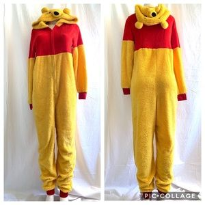 Disney Winnie the Pooh adult costume Large 12 14